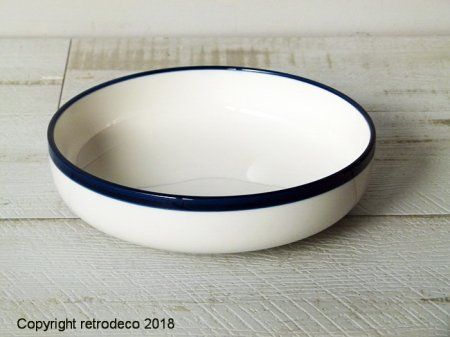 White porcelain soup plate with blue border Chehoma