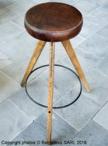 Wooden and leather bar stool Chehoma