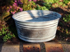 Medium zinc basin Santa Monica, countryside decor, Krentz