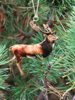 Metal deer to be suspended, retro christmas style