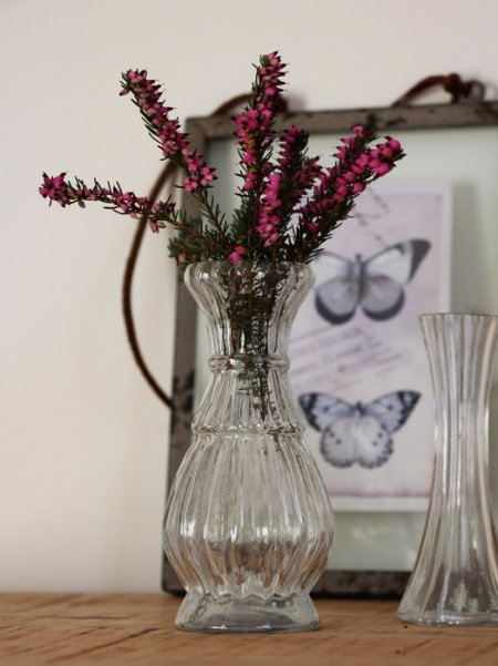 Little flower vase, cosy style