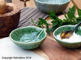 Ceramic Bordallo salt bowl green Van Verre, vintage style
