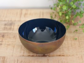 Brass and enamelled cup Colors blue Athezza