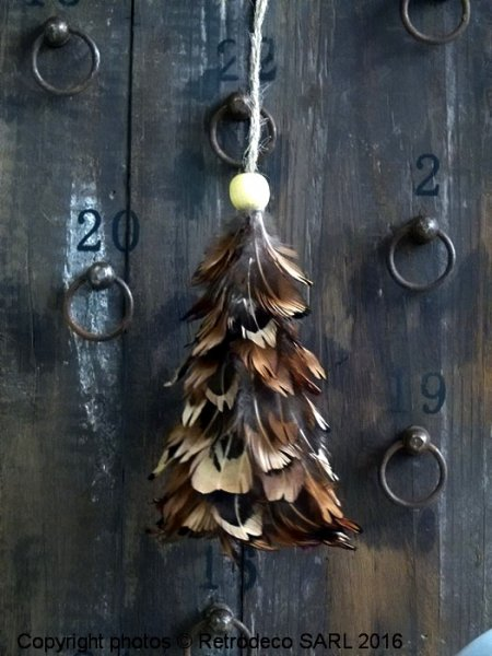 Brown feathers tree, Christmas deco, Madam Stoltz