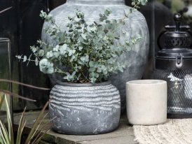 Cement Pot Cleopatra Ib laursen