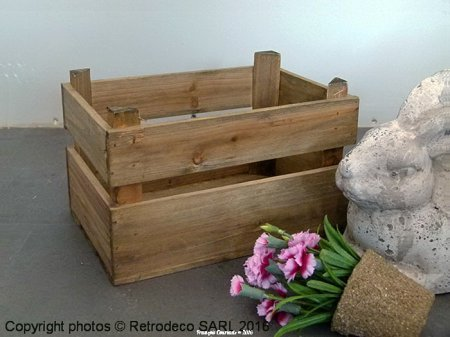 Small wooden box, countryside deco, Tobs