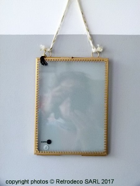 Glass hanging vertical photo frame with pompom