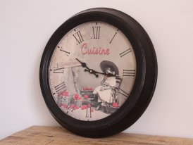 Metal kitchen clock Fillette aux pommes, country decor