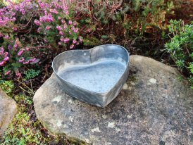 Very small zinc metal tray heart, countryside decor