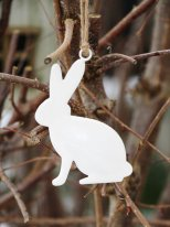 Hanging deco white enamelled rabbit, easter deco, Chehoma