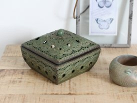 Green metal box Shabby, antique decor, Chehoma