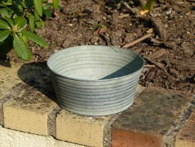 Small striped zinc basin, countryside style