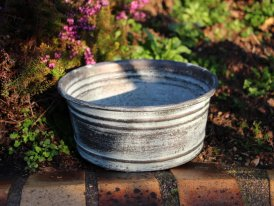 Small zinc basin Santa Monica, countryside decor, Krentz