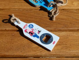 Wooden bottle opener Camping Pas Un Radis Natives