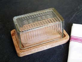 Wooden and glass butter box, country style, Antic Line
