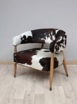 Cowhide armchair Les Rocheuses, mountain decor, Chehoma