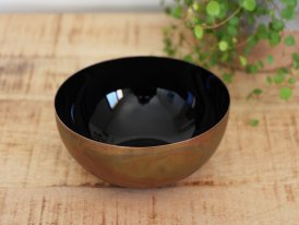 Brass and enamelled cup Colors black Athezza