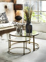 Set of 2 round coffee tables clear glass and brass Madam Stoltz