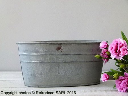 Medium zinc trough Chartwell, countryside deco, Tobs