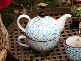 Small teapot with cup Bohemian Chehoma