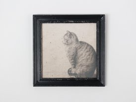 Frame Cat seated, antique decor, Chehoma