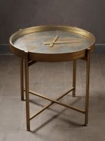 World map and clock complement table Vernes Chehoma