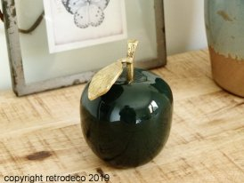 Glossy green apple with gold leaf Chehoma