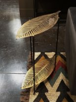 Brass metal side table Feuille Hanjel