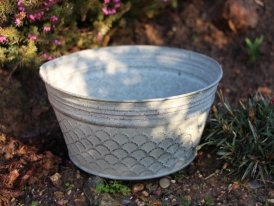 Medium zinc basin Beowulf, countryside decor, Krentz