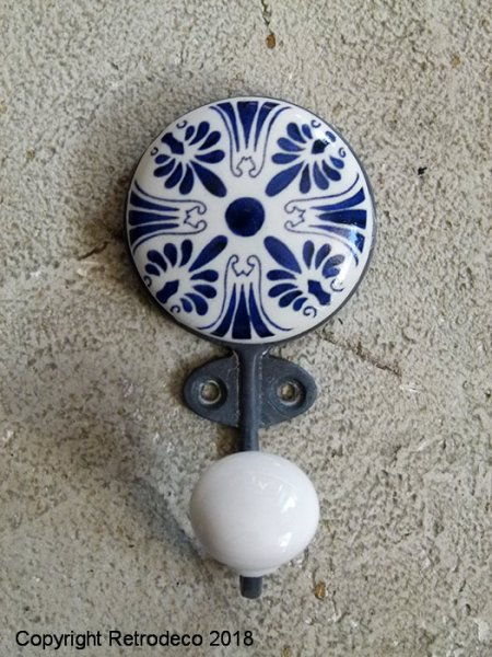 Ceramic hook Azul (réf.2), antique style, Chehoma