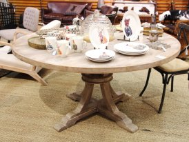 Mango round table Valbelle Chehoma