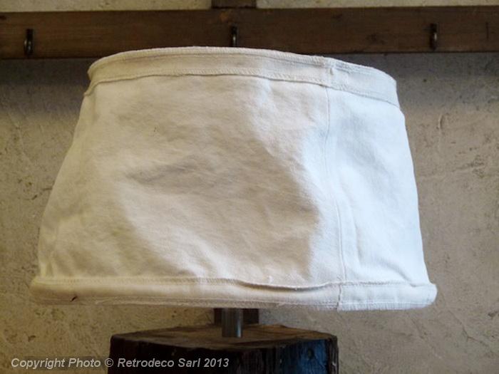 abat jour cylindrique vieille b che 30cm d co vintage 594cy30b. Black Bedroom Furniture Sets. Home Design Ideas