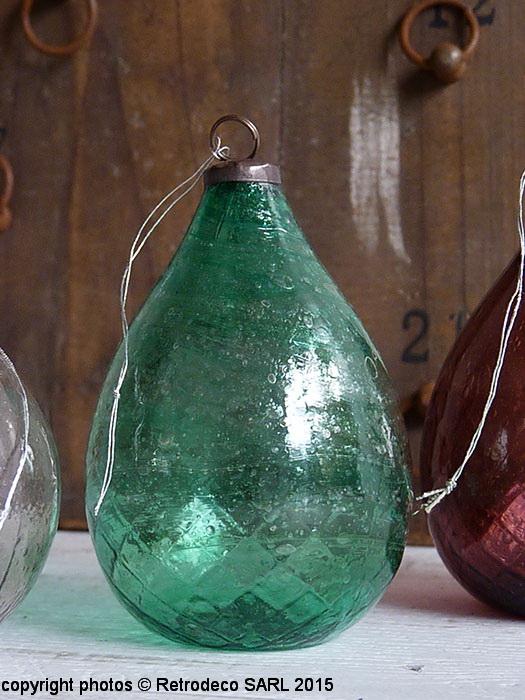 boule de no l ovale verre recycl verte d co ethnique chic alv4942g. Black Bedroom Furniture Sets. Home Design Ideas