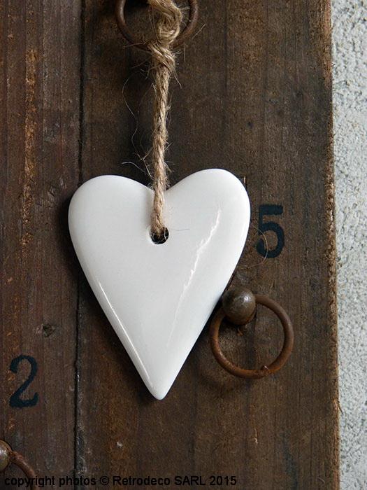 Coeur porcelaine blanche à suspendre, déco Noël, Madam